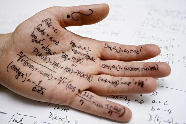 cheating-hand.183237